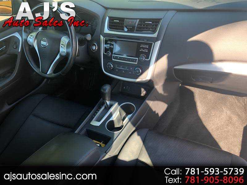 Nissan Altima 2016 $999999.00 incacar.com