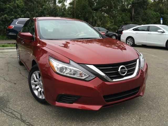 Nissan Altima 2017 $12994.00 incacar.com
