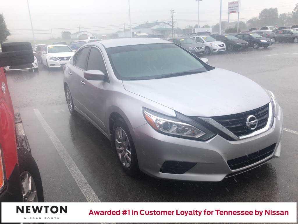 Nissan Altima 2017 $14568.00 incacar.com