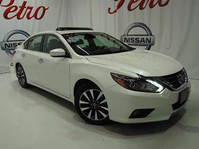Nissan Altima 2017 $23990.00 incacar.com