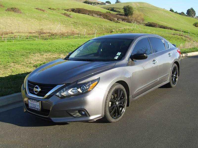 Nissan Altima 2017 $16333.00 incacar.com