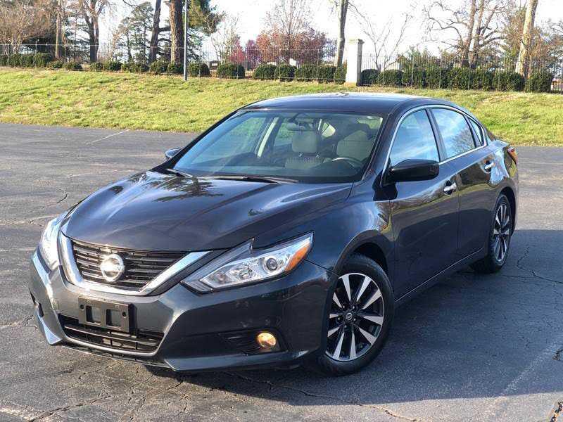 Nissan Altima 2017 $12900.00 incacar.com