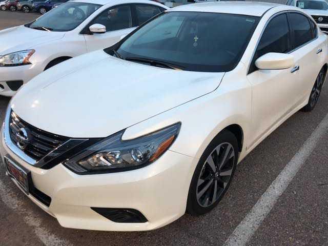 Nissan Altima 2018 $17309.00 incacar.com