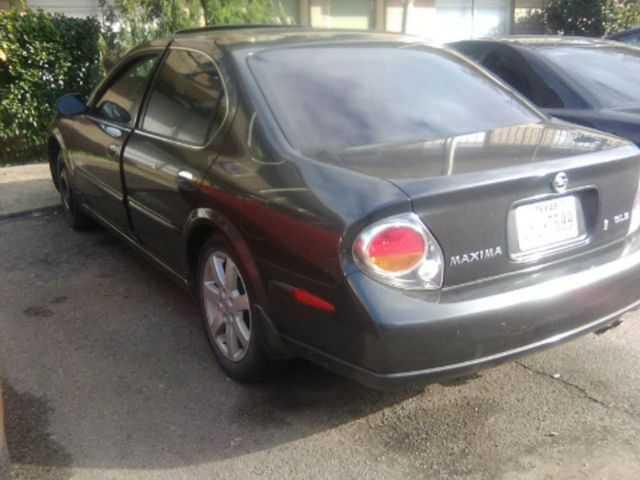 Nissan Maxima 2002 $1400.00 incacar.com
