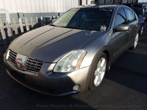 Nissan Maxima 2004 $3200.00 incacar.com
