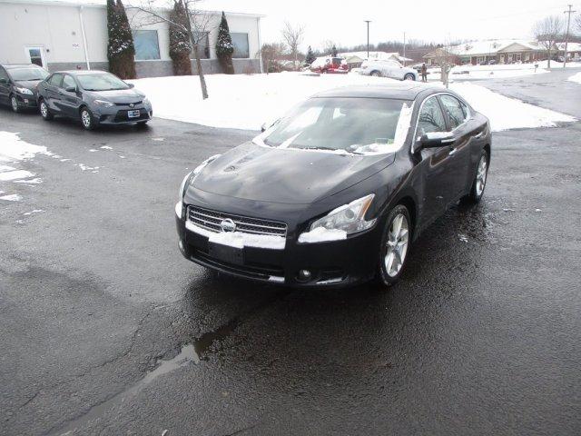 Nissan Maxima 2011 $8995.00 incacar.com