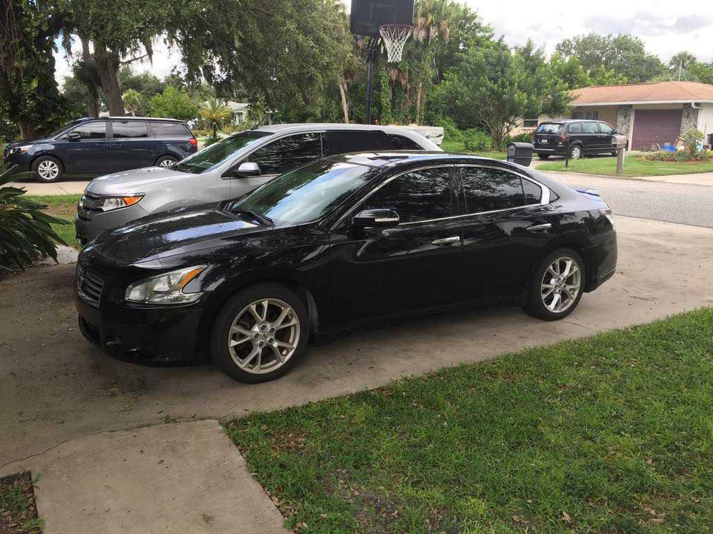 Nissan Maxima 2012 $9995.00 incacar.com