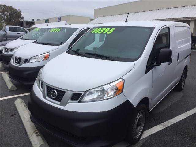 Nissan NV 2016 $10495.00 incacar.com