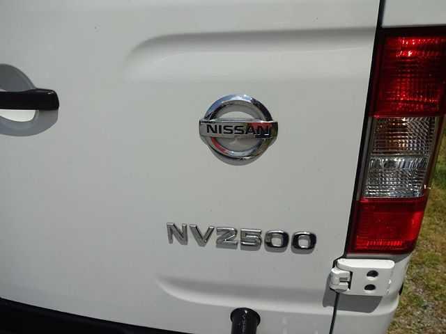 Nissan NV 2017 $20100.00 incacar.com