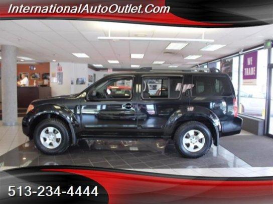 Nissan Pathfinder 2005 $5495.00 incacar.com