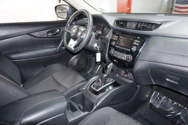 Nissan Rogue 2017 $17555.00 incacar.com