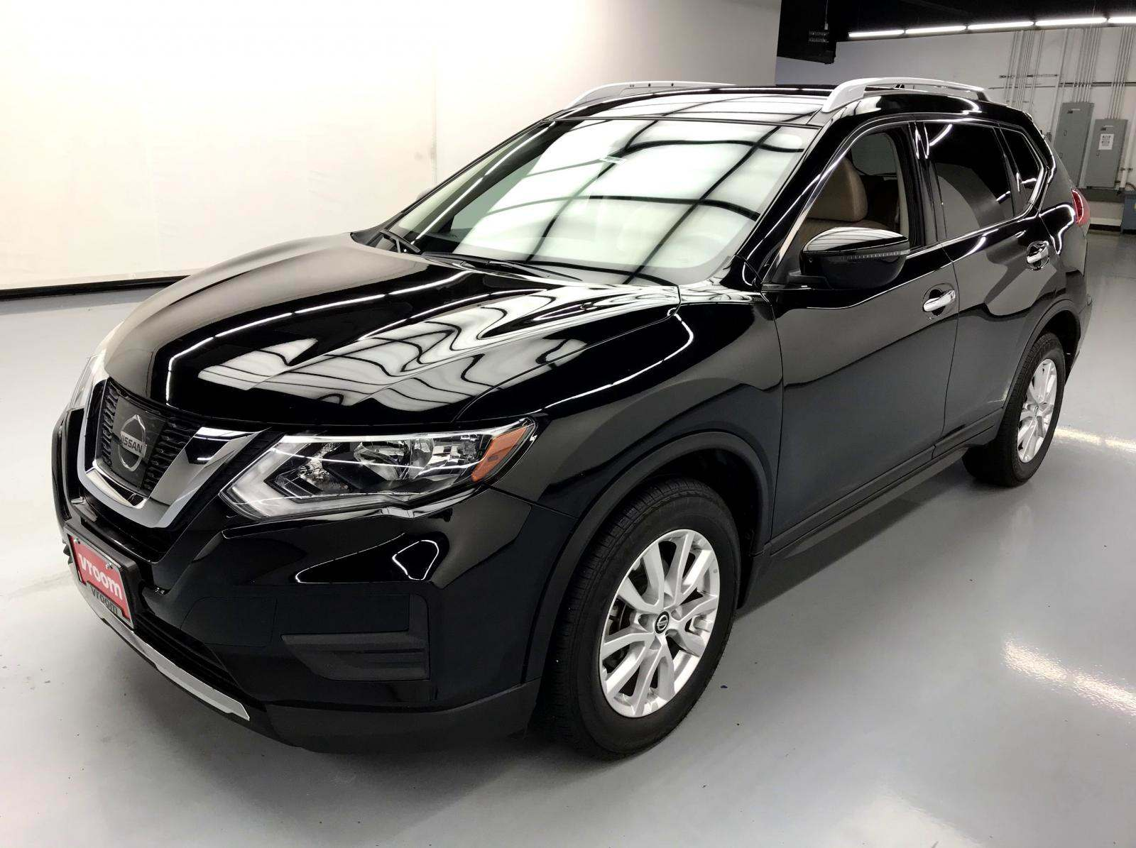 used Nissan Rogue 2017 vin: KNMAT2MT1HP588697