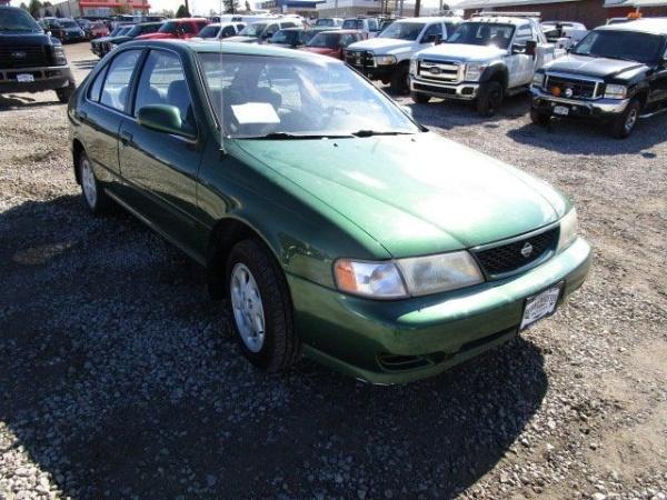 Nissan Sentra 1998 $3900.00 incacar.com