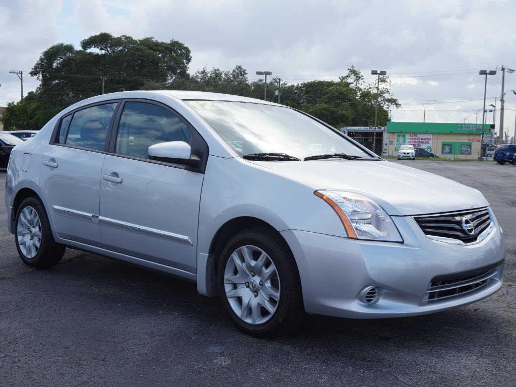 Nissan Sentra 2012 $6497.00 incacar.com