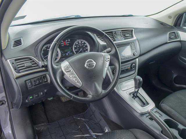 Nissan Sentra 2015 $13800.00 incacar.com