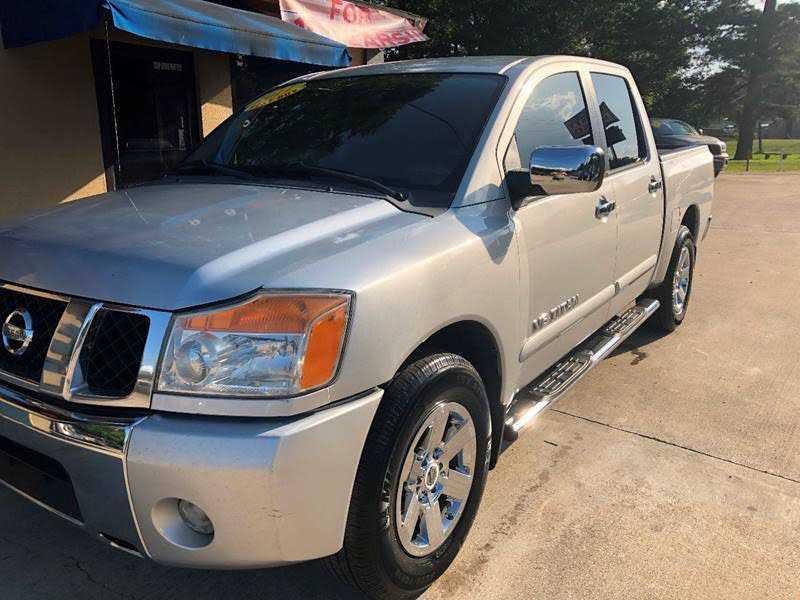 Nissan Titan 2011 $7995.00 incacar.com