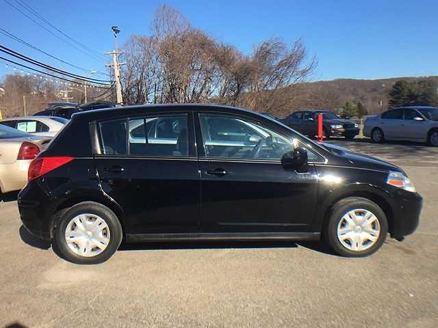 Nissan Versa 2010 $3000.00 incacar.com