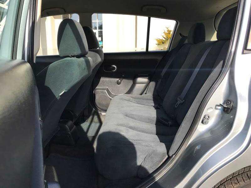 Nissan Versa 2011 $3950.00 incacar.com