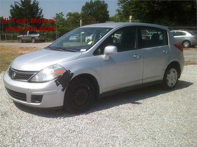 Nissan Versa 2011 $3000.00 incacar.com