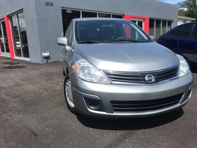 Nissan Versa 2011 $4195.00 incacar.com