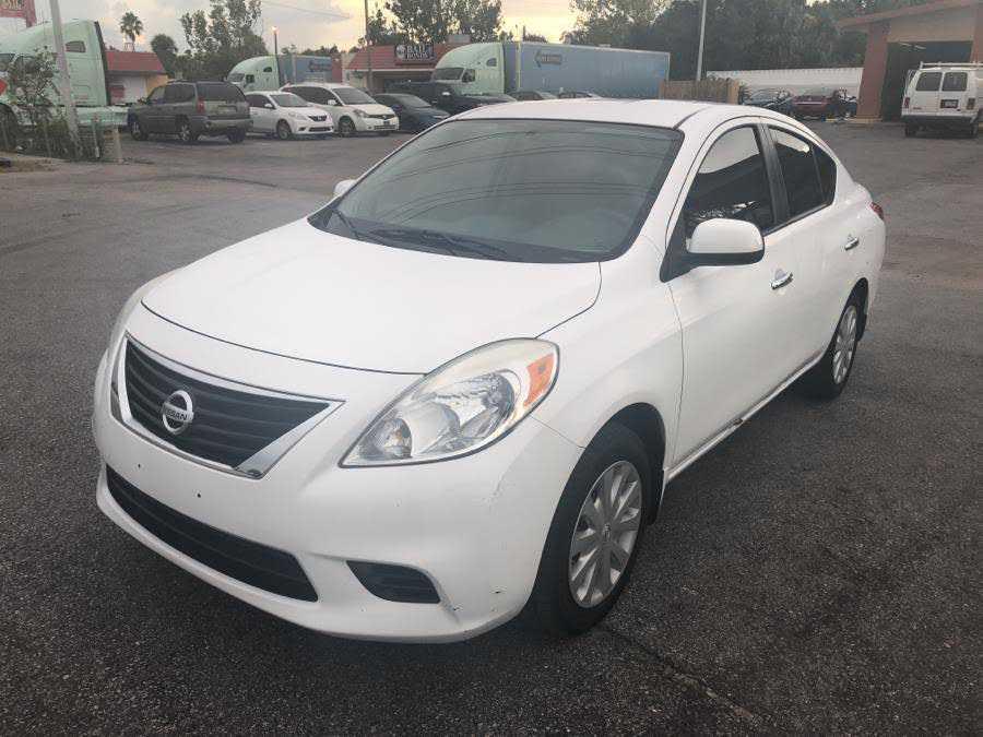 Nissan Versa 2012 $4400.00 incacar.com