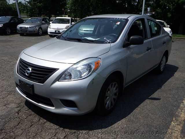 Nissan Versa 2012 $4900.00 incacar.com