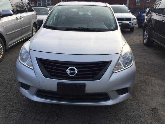 Nissan Versa 2012 $3990.00 incacar.com