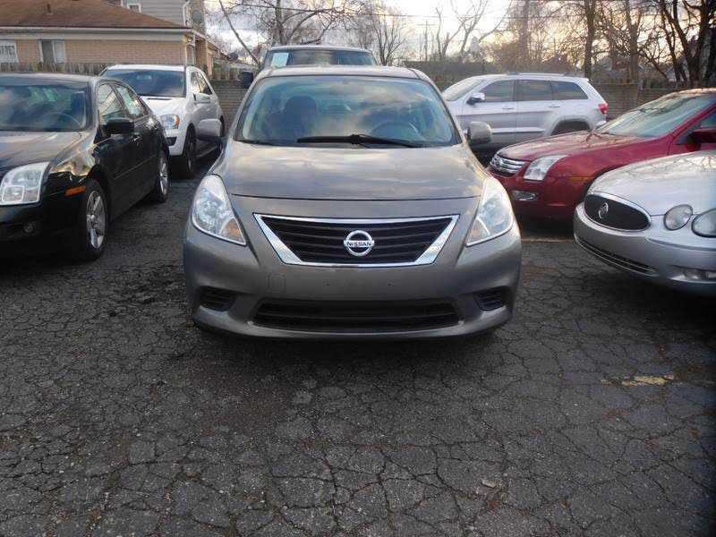 Nissan Versa 2012 $3800.00 incacar.com
