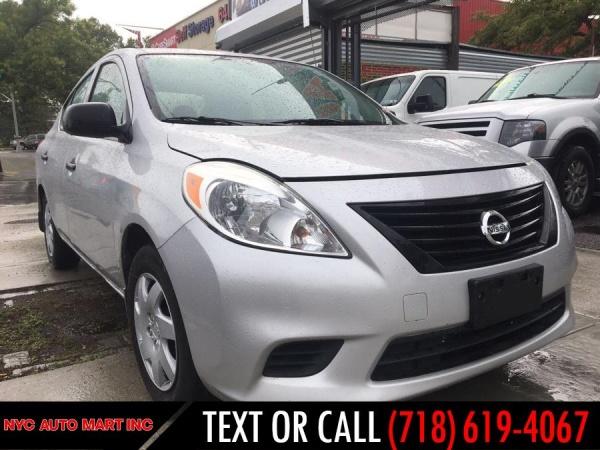 Nissan Versa 2013 $5995.00 incacar.com