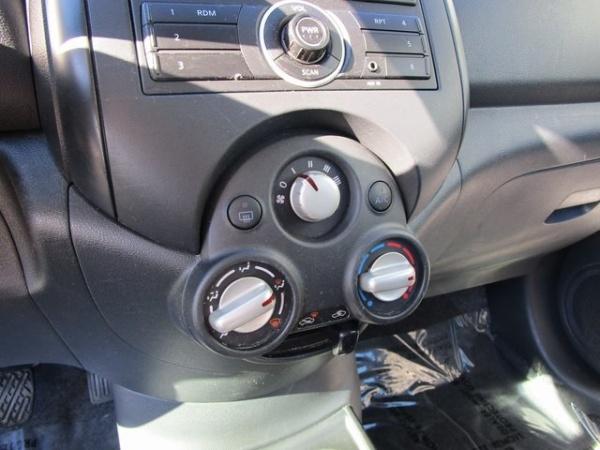 Nissan Versa 2014 $7400.00 incacar.com
