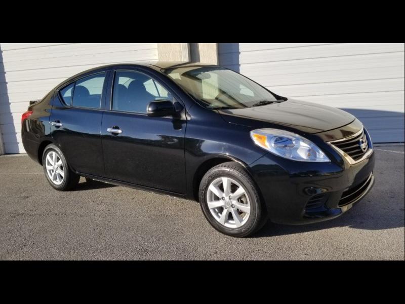 Nissan Versa 2014 $4500.00 incacar.com