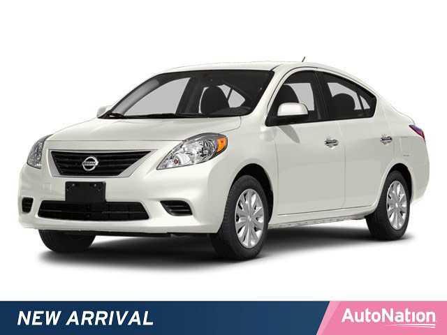 Nissan Versa 2014 $4980.00 incacar.com