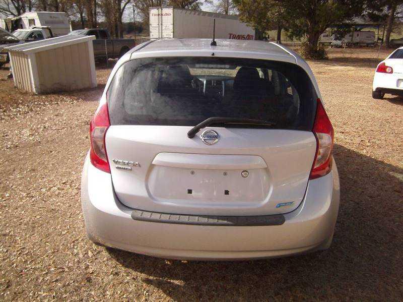 Nissan Versa 2014 $5990.00 incacar.com