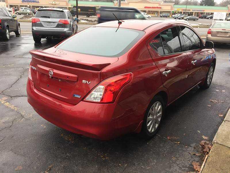 Nissan Versa 2014 $5795.00 incacar.com