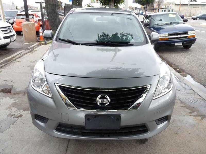 Nissan Versa 2014 $4780.00 incacar.com