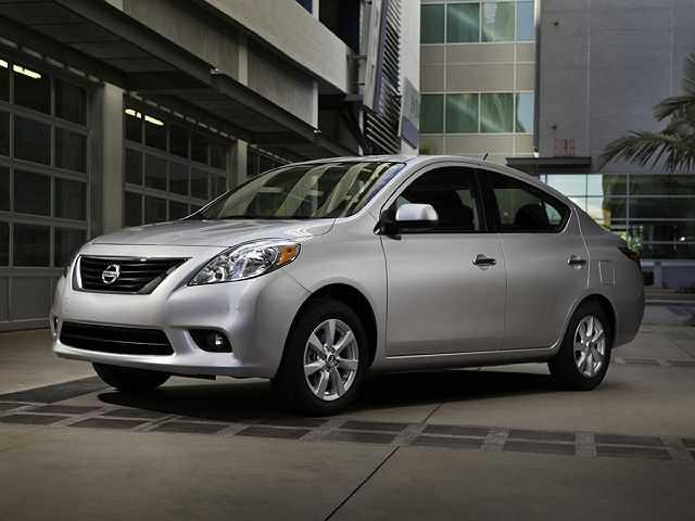 Nissan Versa 2014 $5396.00 incacar.com