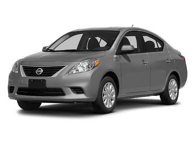 Nissan Versa 2014 $5000.00 incacar.com