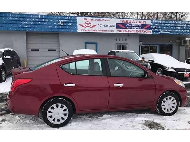 Nissan Versa 2014 $5500.00 incacar.com