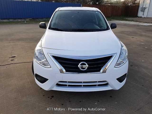Nissan Versa 2015 $5995.00 incacar.com