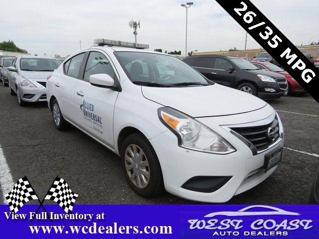 Nissan Versa 2015 $6995.00 incacar.com