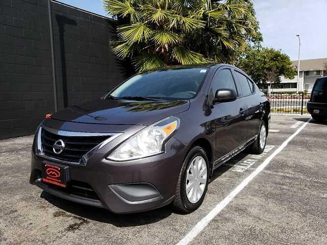 Nissan Versa 2015 $5899.00 incacar.com