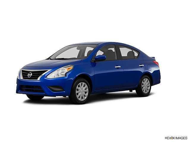Nissan Versa 2015 $9431.00 incacar.com