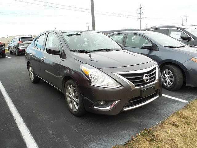 Nissan Versa 2015 $5988.00 incacar.com