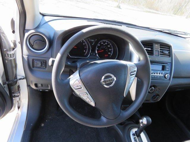 Nissan Versa 2017 $10237.00 incacar.com