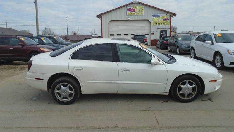 Oldsmobile Aurora 2001 $800.00 incacar.com