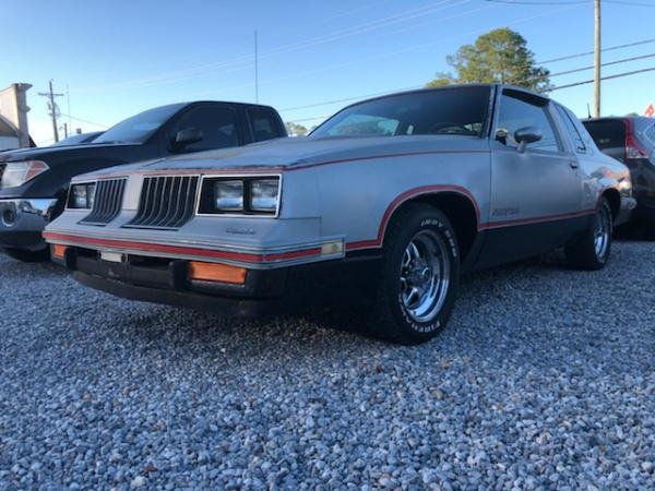 Oldsmobile Hurst/Olds 1984 $7995.00 incacar.com