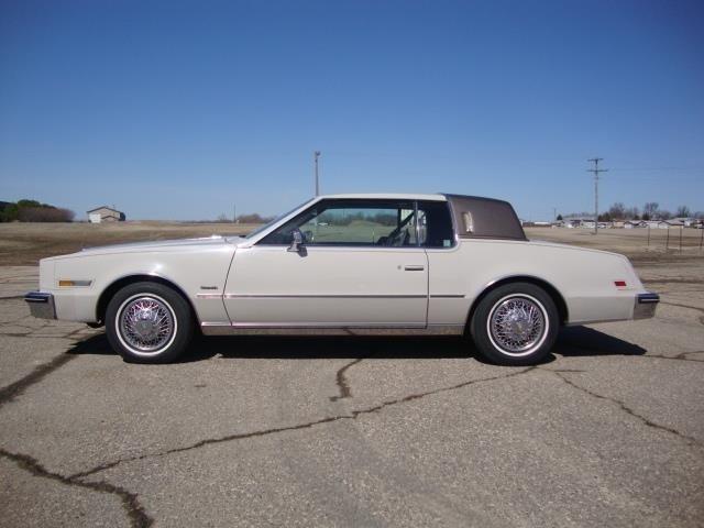 Oldsmobile Toronado 1984 $8450.00 incacar.com