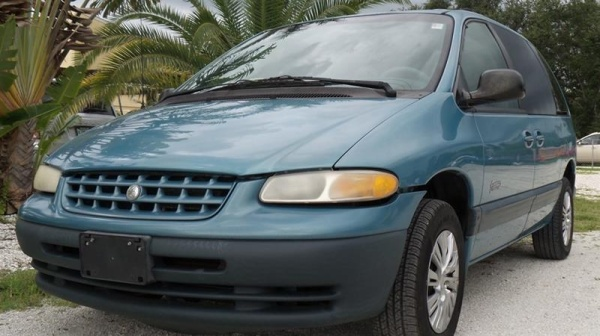 Plymouth Voyager 1999 $1600.00 incacar.com