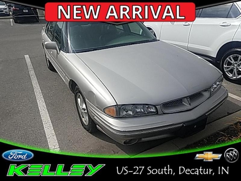 Pontiac Bonneville 1996 $3000.00 incacar.com
