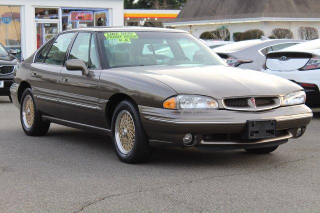 Pontiac Bonneville 1999 $5531.00 incacar.com